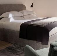 Итальянская мягкая мебель MERIDIANI кровать TURNER
