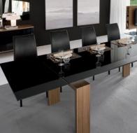 Итальянская мебель  Tonin Casa современные столы и стулья Brooklyn